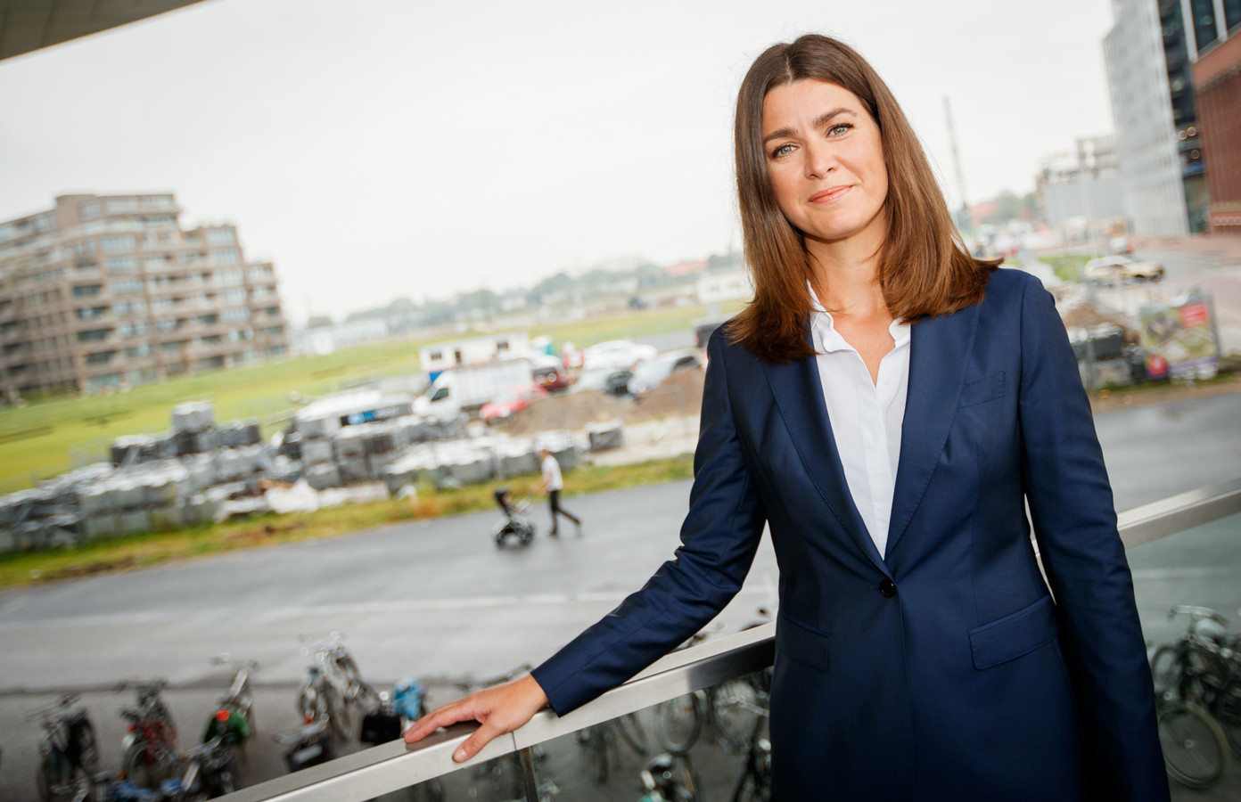 Nieuwslezeres Merel Westrik vertrekt eind deze maand bij RTL Nieuws. Ze gaat vanaf half oktober een wekelijkse talkshow presenteren op Net 5, maakt Talpa donderdag bekend. Op welke dag of welk tijdstip de talkshow wordt uitgezonden is nog niet bekend.